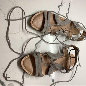 Halogen gladiator sandals size 7.5